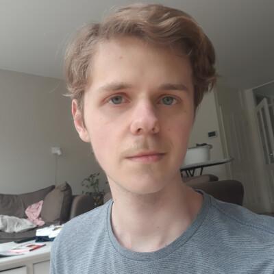 Sam zoekt een Kamer / Huurwoning / Studio / Appartement in Leiden