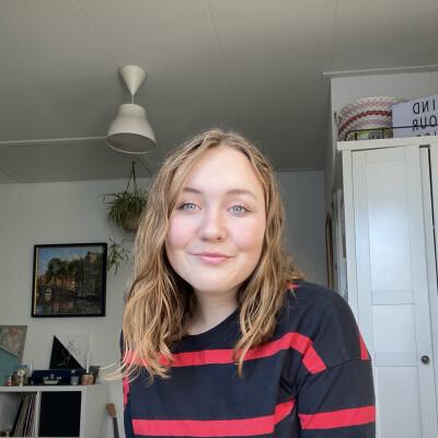 Emma zoekt een Kamer / Studio / Appartement in Leiden
